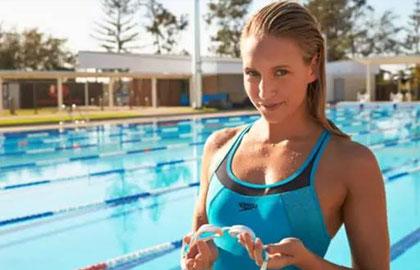 游泳减肥的三个阶段 夏天让你瘦一圈
