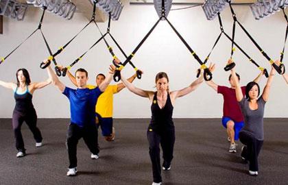 10种TRX体能训练 让你保证完美身材