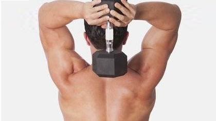 哑铃练习肱三头肌动作演示