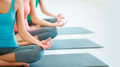这9个瑜伽动作一定要学会 有效缓解全身酸痛