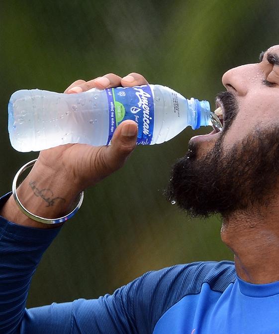 预防高温中暑,千万不要大量饮冰水!