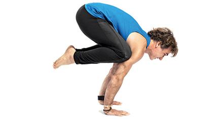 每天一式學瑜伽:烏鴉式!加強腹部肌群力量