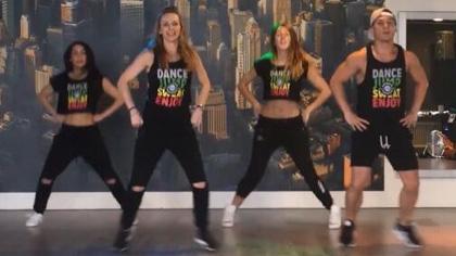 [舞蹈]Zumba健身:简易zumba舞蹈编排