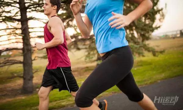 5个跑步细节需要注意,好的跑姿减少受伤风险 - 图片1