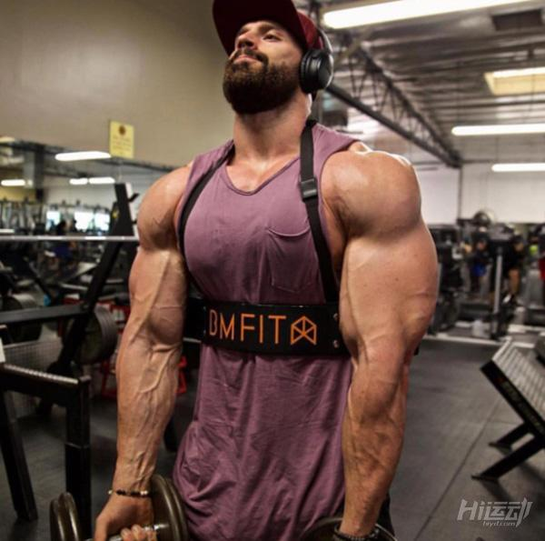 健身训练不需要花哨!小力王带你进行练胸与手臂 - 图片2