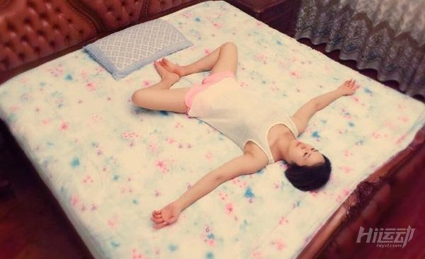 睡前瑜伽课程 9个动作改善失眠与焦虑情绪 - 图片6