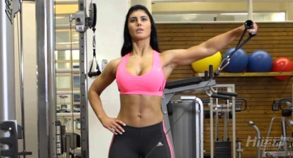 最适合用龙门架训练的5个动作,全面塑造你的身材! - 图片6