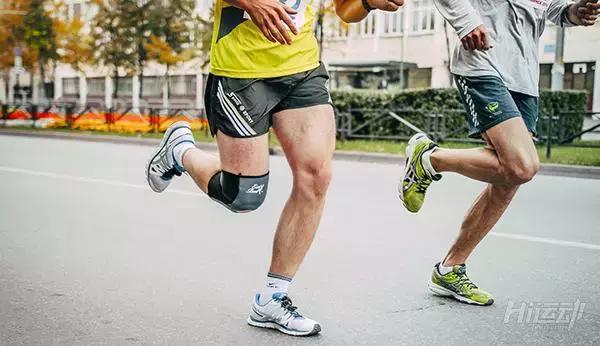 跑步伤膝盖?研究表明:久坐不动比业余跑步关节炎几率高3倍 - 图片1