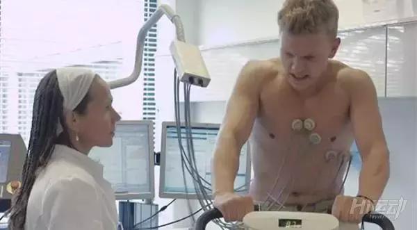 戒糖比戒烟还难!小伙戒糖30天后,身体数据发生惊人变化 - 图片3