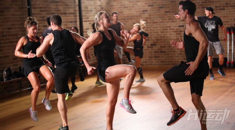 六块腹肌没有捷径 练出腹肌的三个过程 - 图片2