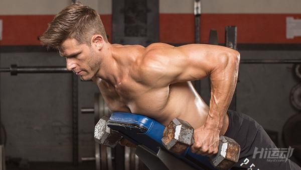 这3个哑铃动作必须学会!帮你突破健身瓶颈