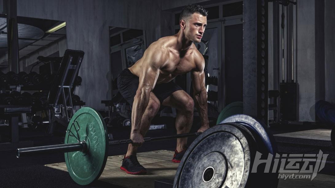锻炼全身肌肉 4个技巧提升你的硬拉水平