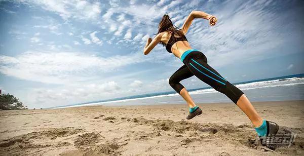 5个跑步细节需要注意,好的跑姿减少受伤风险 - 图片4