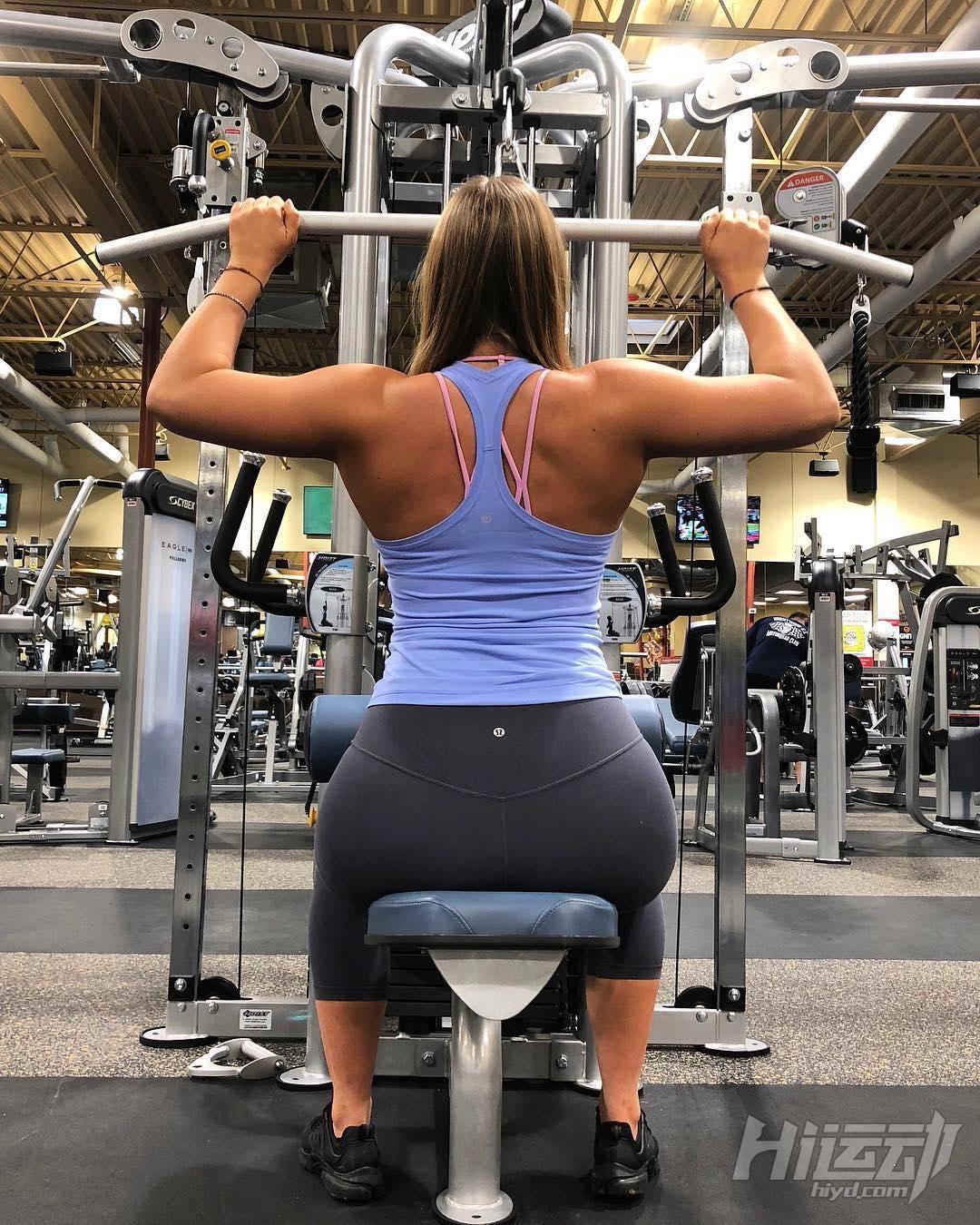 不应被体重定义快乐,美国肥妹靠健身变阳光美女 - 图片3