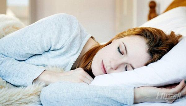 4个动作放松全身帮助睡眠!不用再翻来覆去失眠了 - 图片1