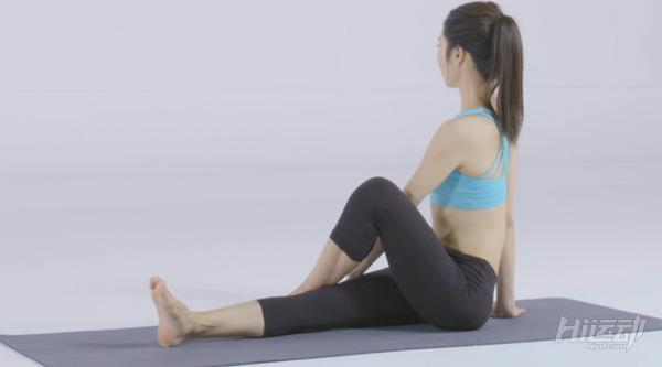 10个动作睡前瑜伽!舒经活血驱除每天疲劳 - 图片12