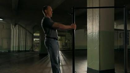 囚徒健身:03.引體向上 第一式 垂直引體