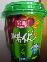 光明畅优红枣燕麦低脂酸奶, 又叫果粒酸牛奶