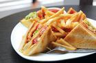 三明治(夹火腿、干酪)